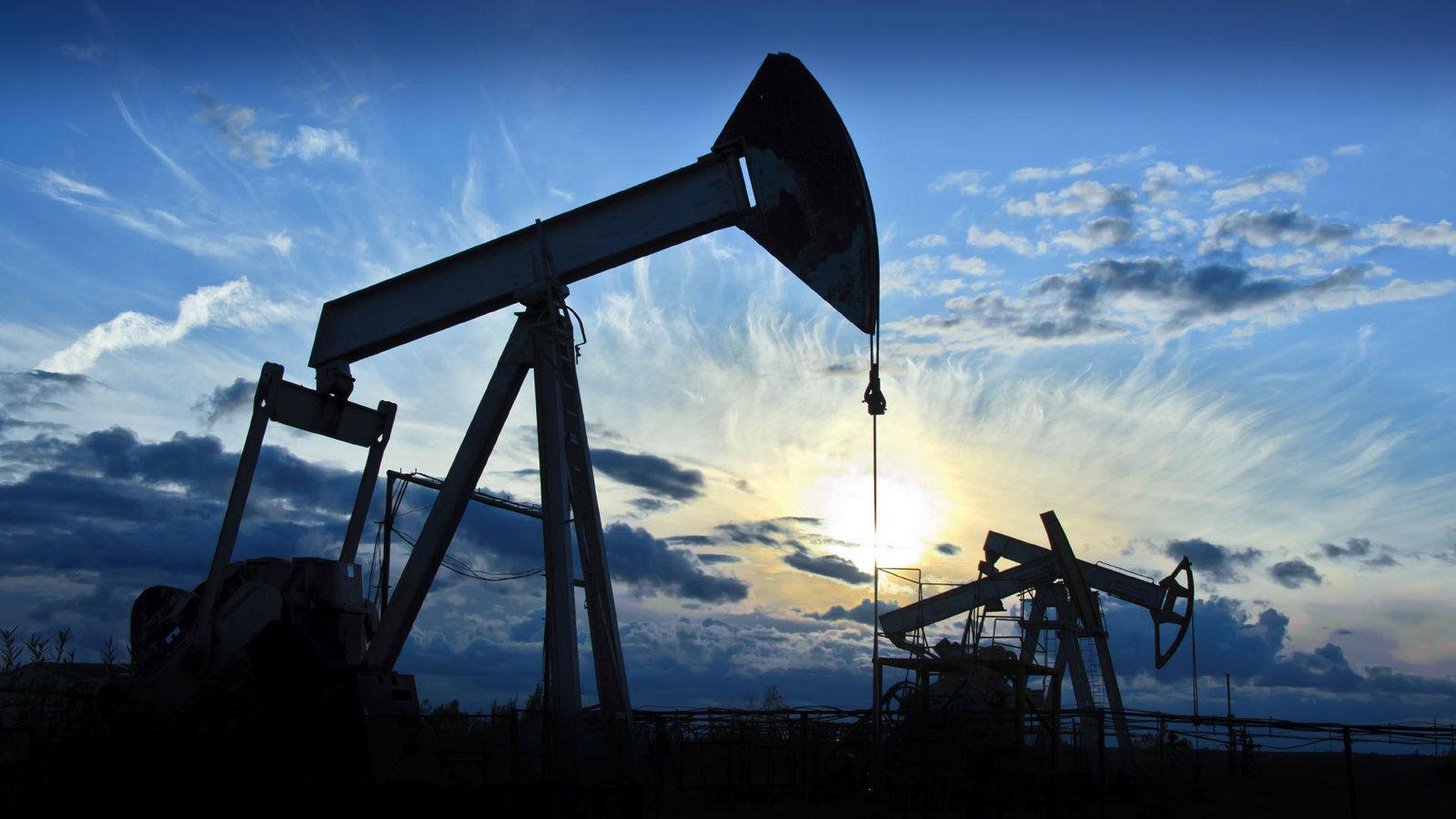 aab82a_oil_production_x974.jpg